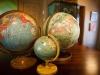 dh-globe-detail